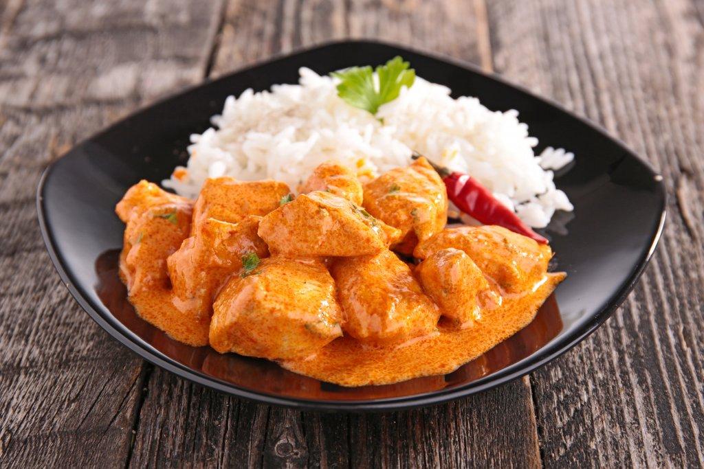Super leicht zuzubereitendes Hähnchen-Curry mit Basmatireis 1